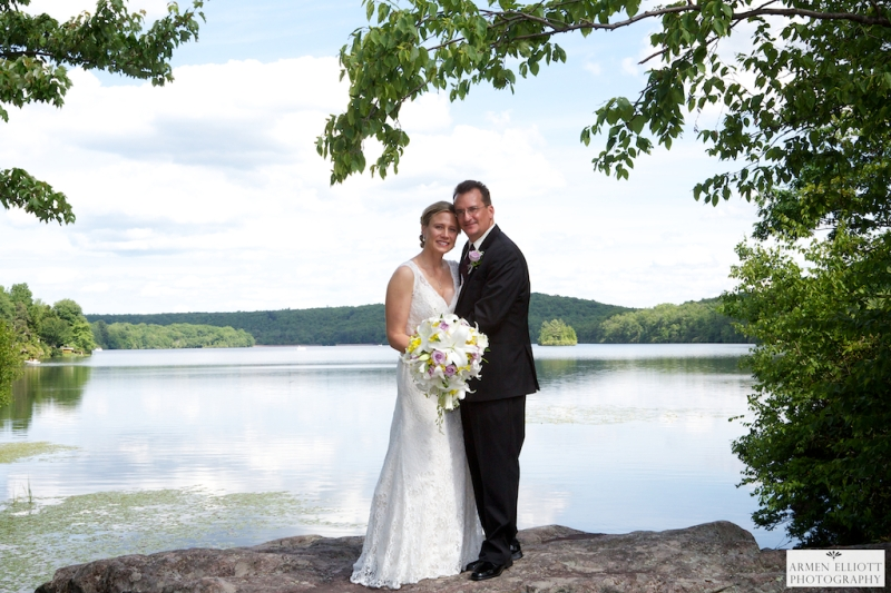 Wedding couple at Lake Harmony in the Pocono Mountains by Armen Elliott Photography