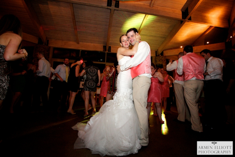 Riverview Country Club wedding reception photo by Armen Elliott Photography (3)