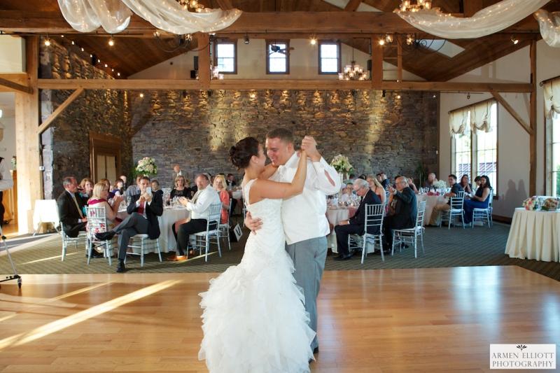 Wedding photos-La Massaria Bella Vista-Gilbertsvillle Pa-First dance-Armen Elliott Photography