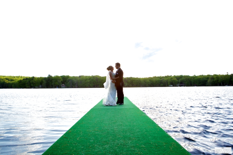 Woodloch wedding couple on Lake by Armen Elliott Photography