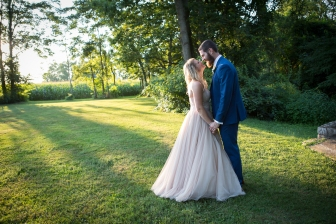Cameron Inn Estate wedding photographs by Armen Elliott