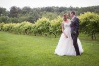 Monterre Vineyards wedding couple _Armen_Elliott_Photography